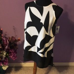 NWT INC top Size 4